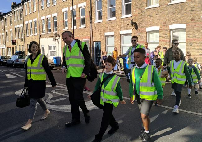 Helen Hayes MP and CLlr Richard Livingstone with school children outside Goose Green School on Clean Air Day.