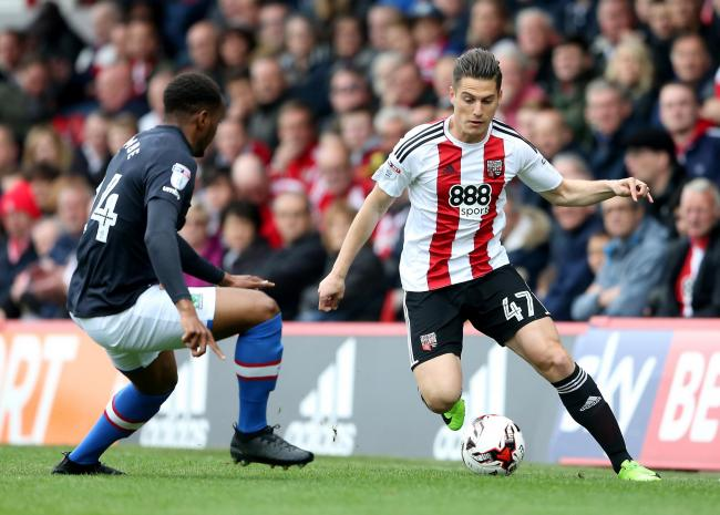 Brentford's Sergi Canos during the Sky Bet Championship match at Griffin Park, London.