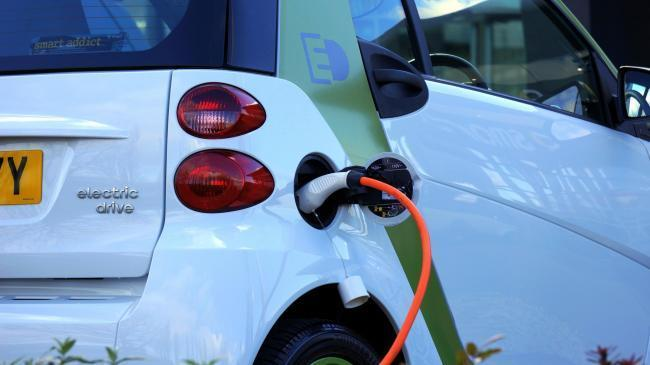 Lewisham's mayor and cabinet have approved an electric vehicle charging strategy, which will see 140 new charging points by 2021.