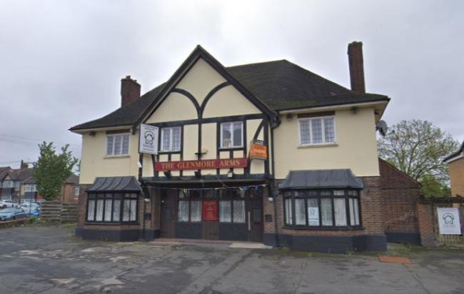 The Glenmore Arms