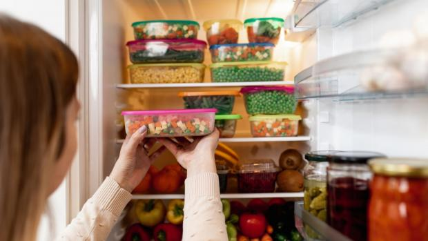 News Shopper: A full fridge will help keep the temperature consistent. Credit: Getty / Group4 Studio