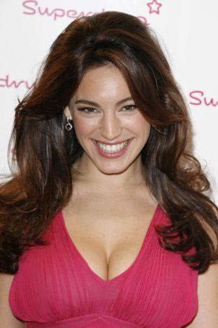 News Shopper: Kelly Brook