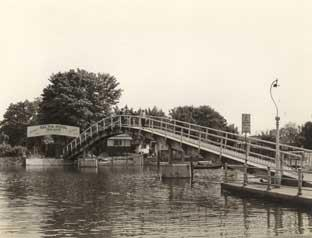 News Shopper: The bridge to Eel Pie Island back in the day