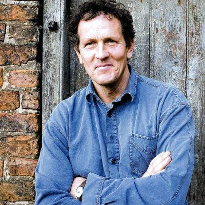 News Shopper: DON THAT: Gardener Monty Don reveals how he wanted to be a thatcher, in the first episode of his new series, Mastercrafts