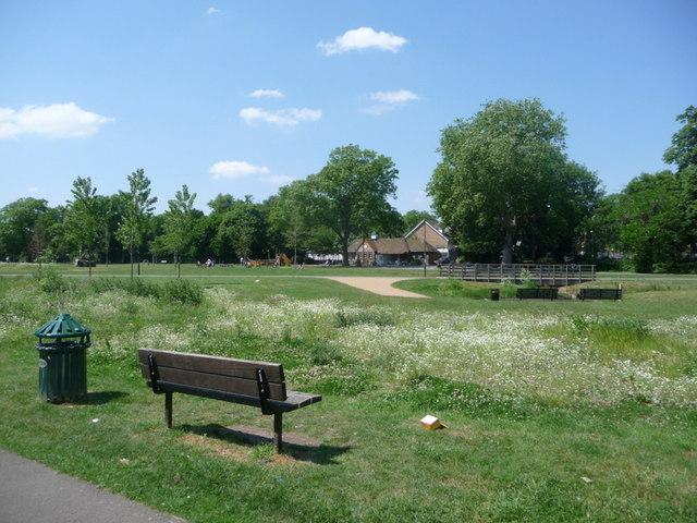 Lewisham Hospital staff warned after attempted robberies in nearby park