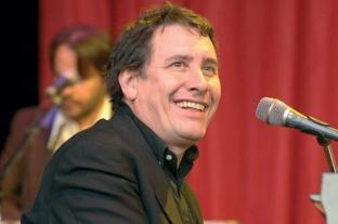 News Shopper: Jools Holland in concert at Sherborne Castle