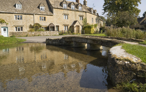News Shopper: Cotswolds offer chocolate box charm