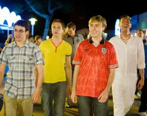 News Shopper: Will, Simon, Jay and Neil - The Inbetweeners