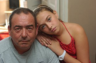News Shopper: Martin Smith with his daughter Parys