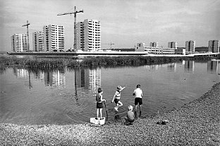 News Shopper: Thamesmead, designed in late 1960's (c) Tony Ray-Jones, RIBA Library Photographs Collection