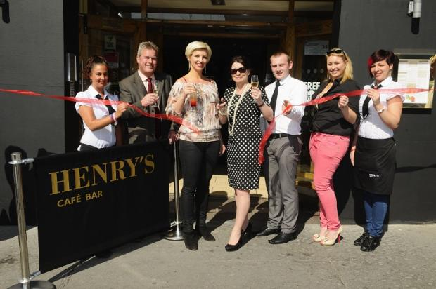 News Shopper: New Henry's Cafe Bar opens in Bromley