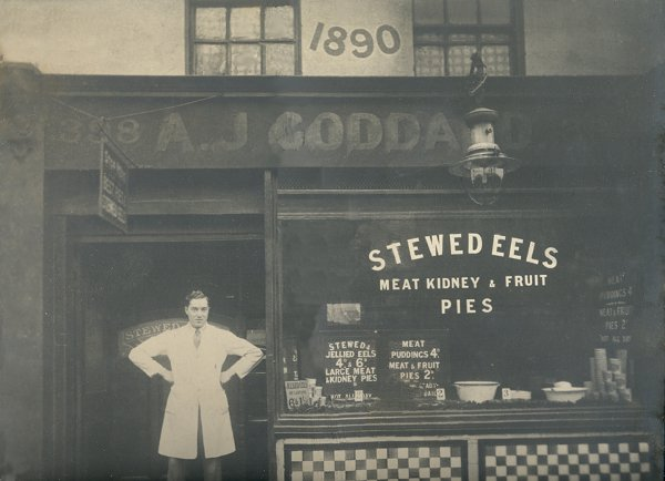 Goddard's Pies shop returns to Greenwich