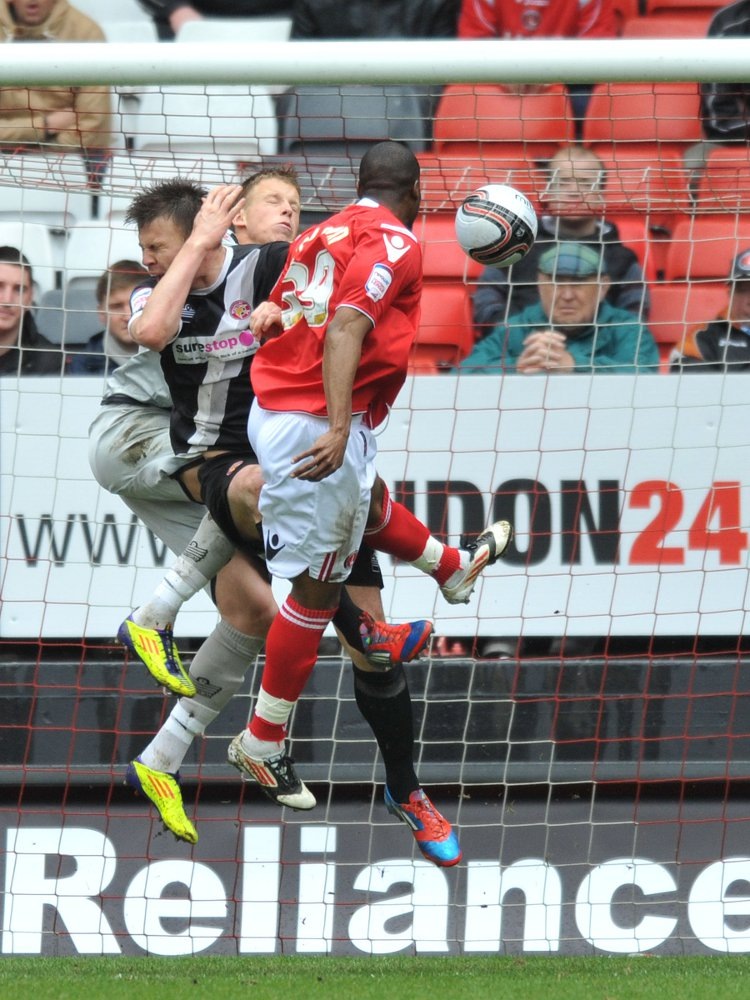 News Shopper: Dany N'Guessan heads Charlton in front