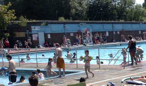 Charlton Lido to reopen 'in July'
