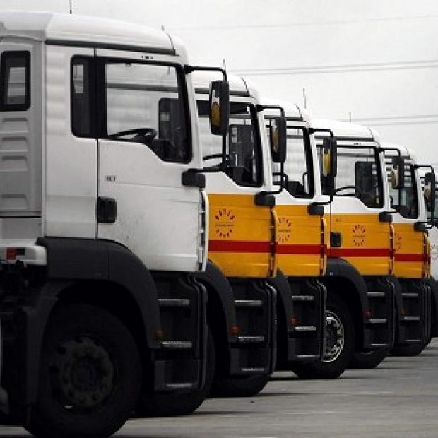 Representatives of tanker drivers have been discussing whether to accept or reject peace proposals