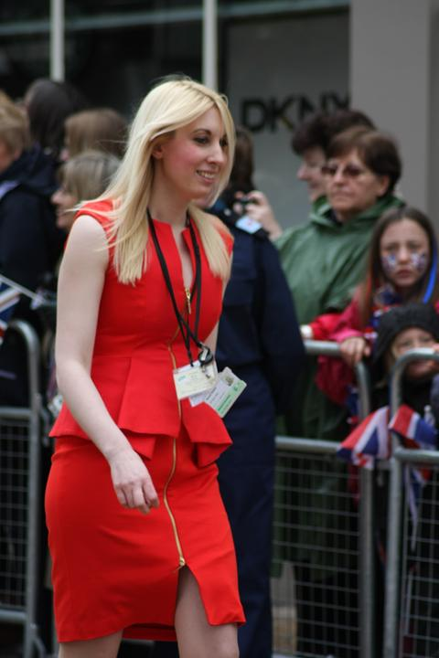 News Shopper: The lady in red