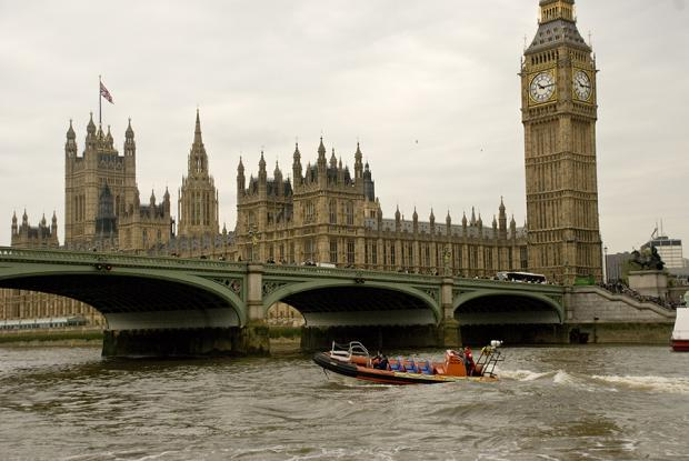 Reporter's wake-up call is high-octane Thames speedboat ride