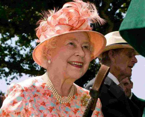 Green party politician Jenny Jones suggests the Queen should move to Bromley