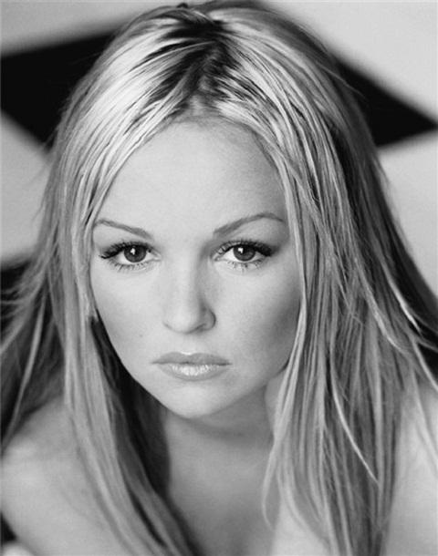 Blonde bombshell Jennifer Ellison to star as Peter Pan in The Churchill's pantomime