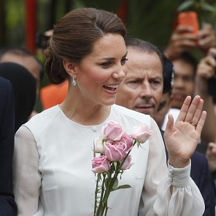 Kate pictures go-ahead confusion