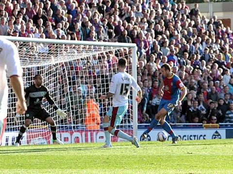 Glenn Murray scores Palace's fourth