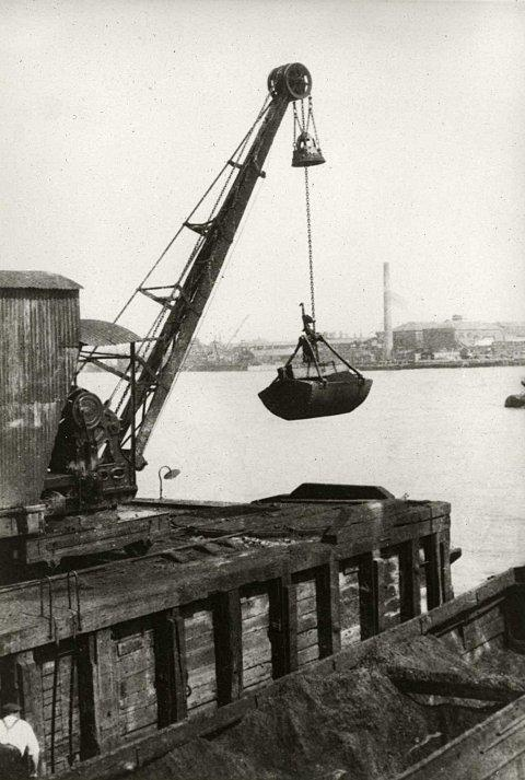 One of the photographs which will illustrate Greenwich's shipping history for the photowalk, pic courtesy of Greenwich Heritage Centre