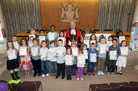 Mayor of Bexley, Councillor Alan Downing with some of Bexley's reading stars