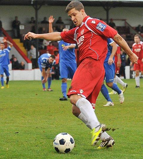 Jon Main scores Welling's goal but it was only a late consolation. PICTURES BY DAVE BUDDEN.