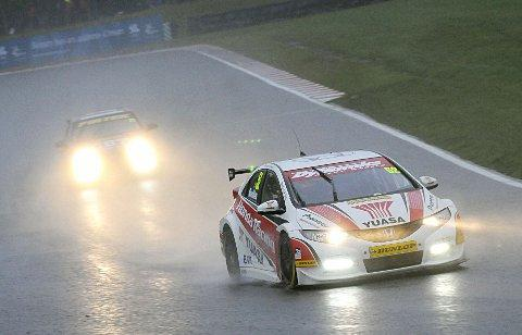 Champion Gordon Shedden leads Independents champion Andrew Jordan. PICTURES BY SIMON HILDREW.
