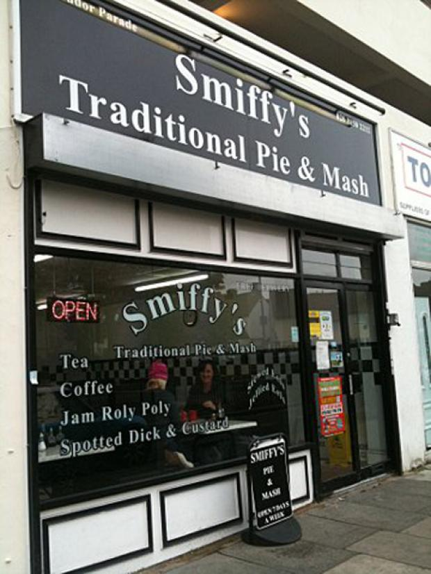Smiffy's serves classic English food