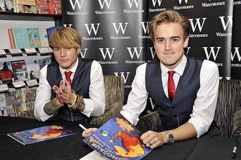 News Shopper: Dougie and Tom prepare to meet fans at Bluewater.