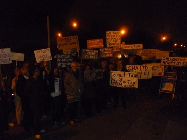 Thamesmead residents protest