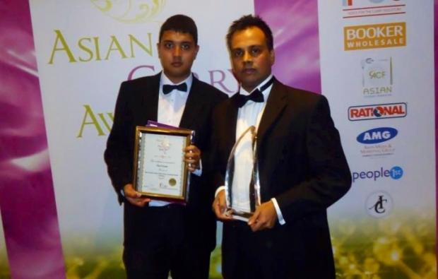 Polash Tandoori winners Abdul Kayùm (left) and Shafique Miah.