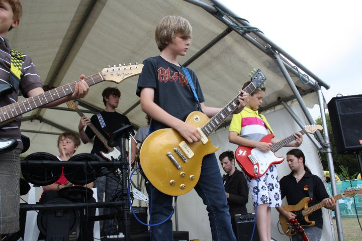 Rock & Pop Music Classes for Kids & Teens in Sidcup