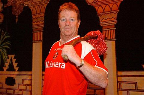 Jim Davidson is a Charlton Athletic fan