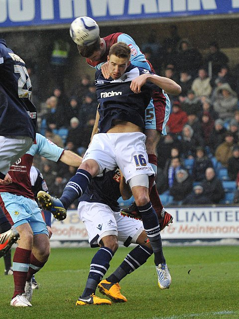 Mark Beevers wins a header