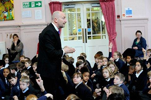 Ian Holloway talks to the children of Balgowan Primary School.