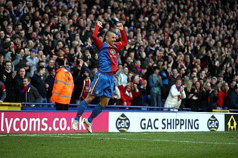Kevin Phillips celebrates his late goal against Middlesbrough