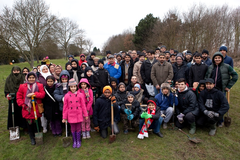 Youth group plants more than 2,000 trees in Bexley park