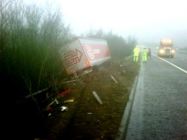 The crashed lorry on the M20. (Pic via the Environment Agency on Twitter)