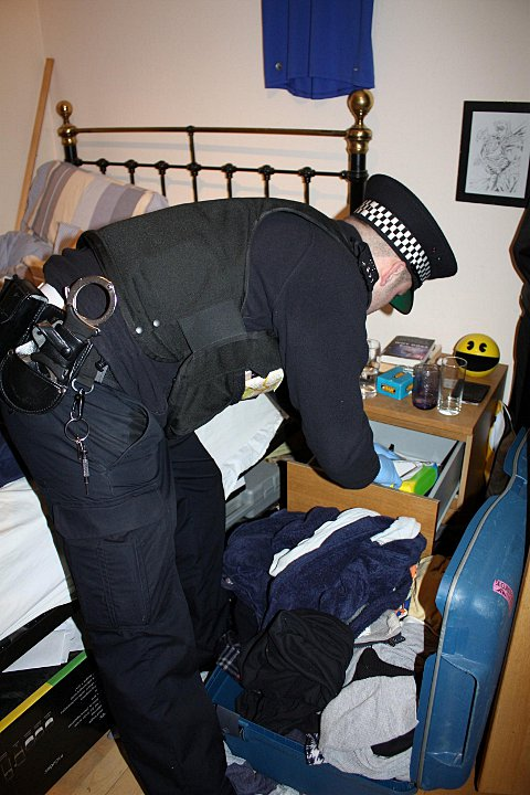 Bromley cops on Operation Big Wing raids recover drugs, cash and stolen goods