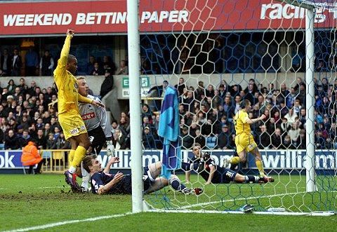 Jermaine Easter scores Palace's winner at The Den in 2011. PICTURE BY EDMUND BOYDEN.