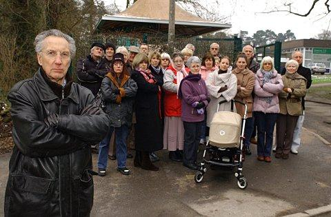News Shopper: Keston Village Residents' Association David Clapham Chairman with other members outside Keston school