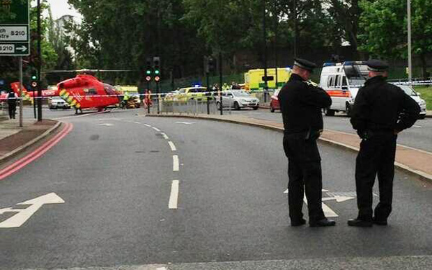 MAJOR INCIDENT IN WOOLWICH - LIVE UPDATES