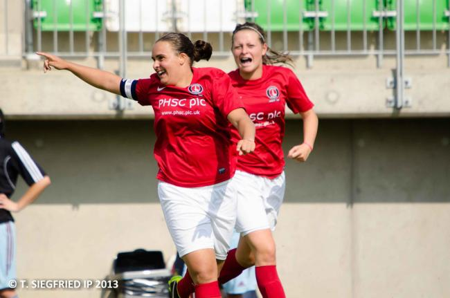 Kim Dixson celebrates her goal. Picture by T. Siegfried.