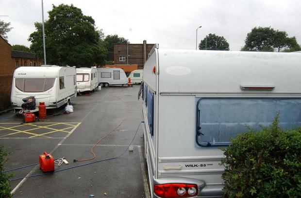 News Shopper: Travellers convoy pitch up at Sydenham car park