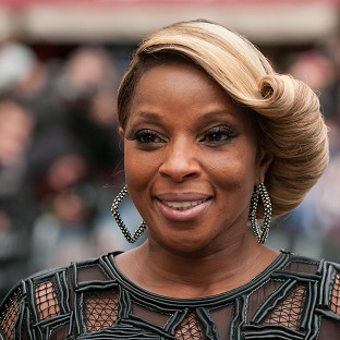 Mary J Blige and Maxwell to play BluesFest in Greenwich