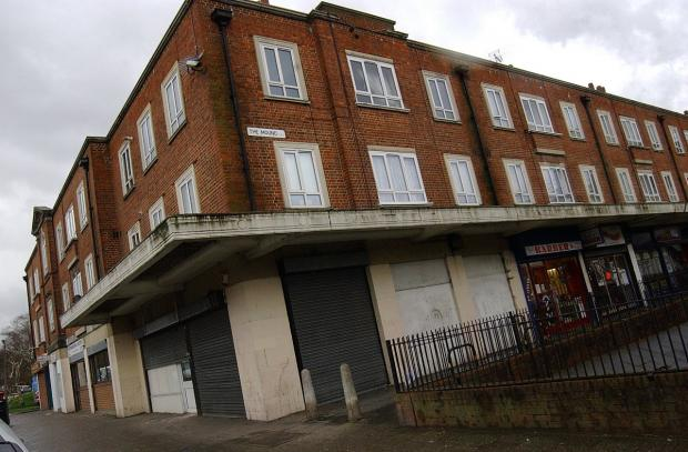 News Shopper: Empty shops at The Mound