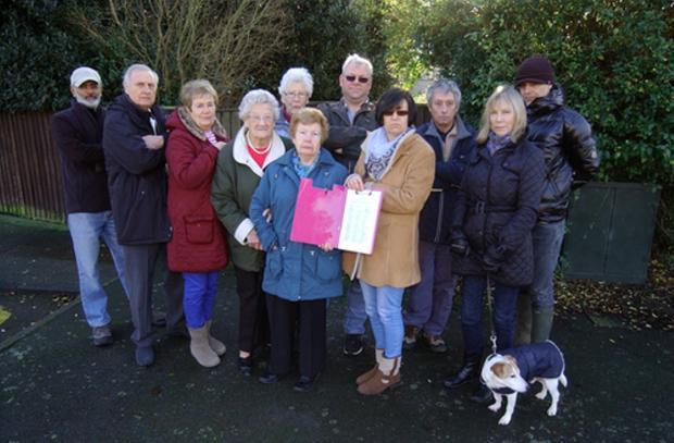 Residents of Garden Avenue, Bexleyheath have started a petition to stop the building of a house at the end of their gardens.