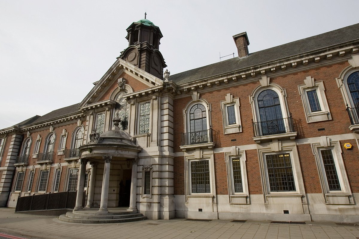 Old Bromley Town Hall to be converted into high quality hotel